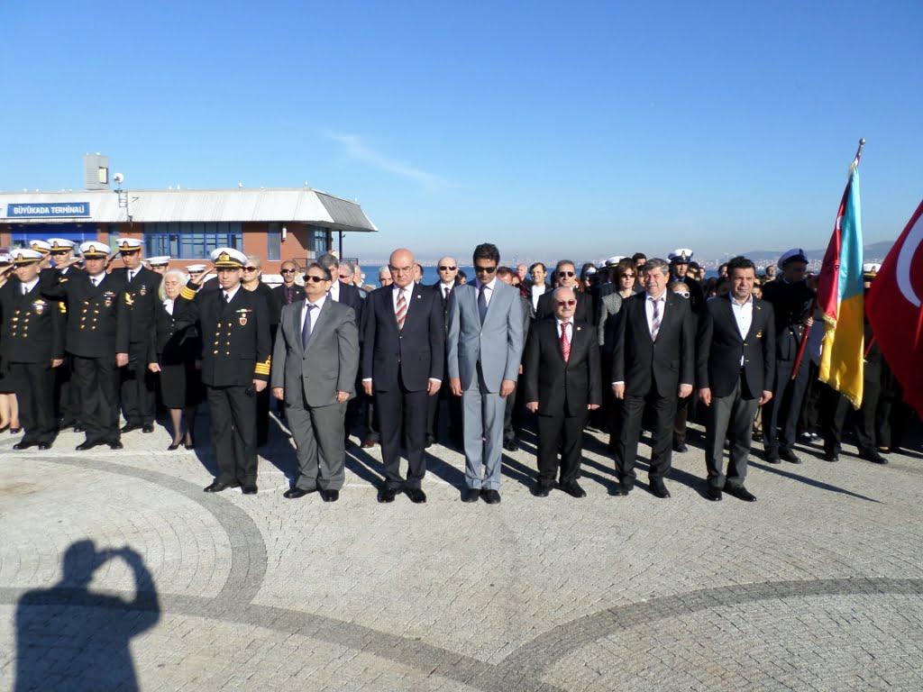 Büyük Önder Atatürk Büyükada'da Anıldı
