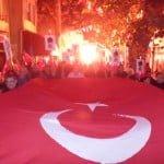 Büyükada'da Cumhuriyet kutlamaları Fener Alayı ile taçlandı