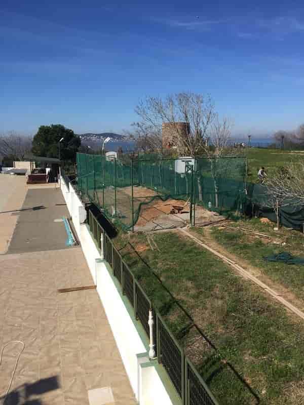 Heybeliada'da orman alanına kaçak tenis kortu iddiası!