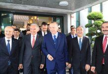 Cumhurbaşkanı Recep Tayyip Erdoğan, İstanbul Büyükşehir Belediyesini ziyaret etti.