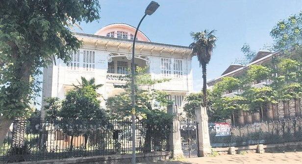 Mustafa Kemal Atatürk'ün vazgeçilmezi Büyükada'daki 'Beyaz Köşk' satılık