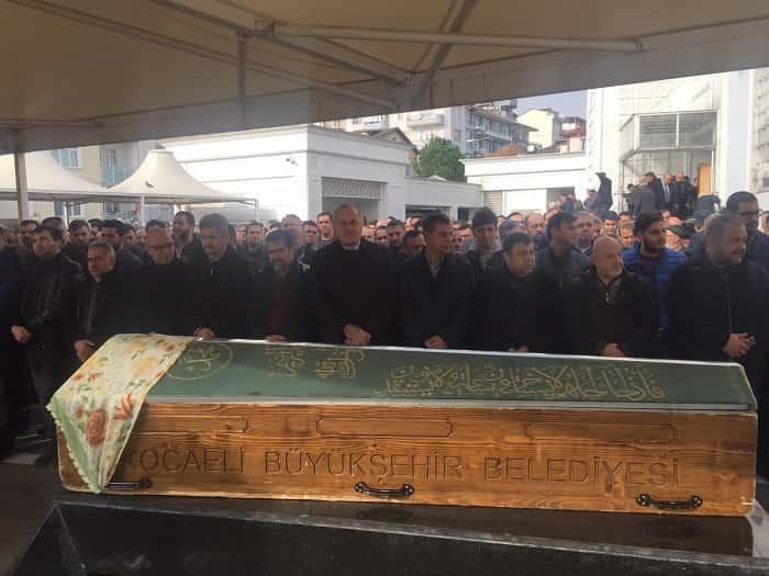 Murat Bingöl'ün annesi Emine Bingöl ebediyete uğurlandı.