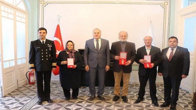 Adalar'da Kıbrıs gazilerine Madalya ve Berat