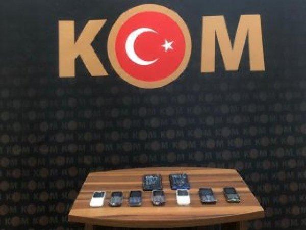 Bursa'da kaçak telefon operasyonu:3 gözaltı