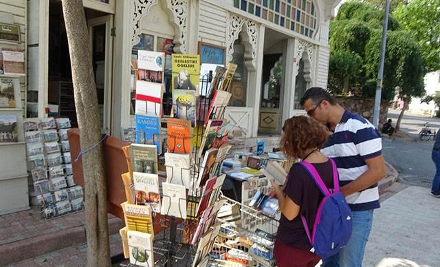 İstanbul'un çocuklara özel, ücretsiz kitap zinciri Heybeliada'da