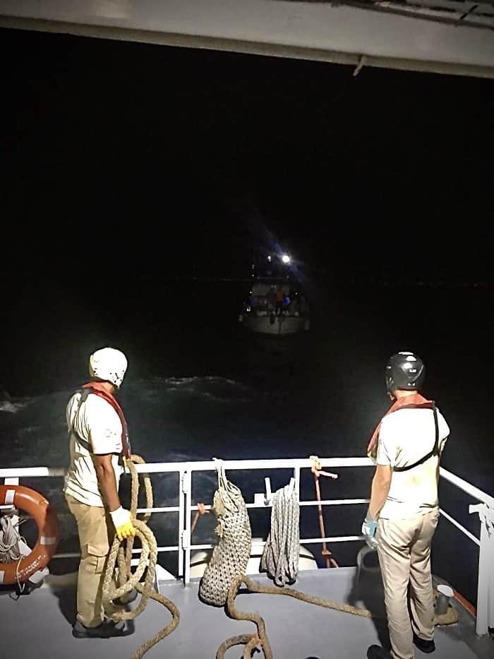 Heybeliada açıklarında sürüklenen tekne kurtarıldı