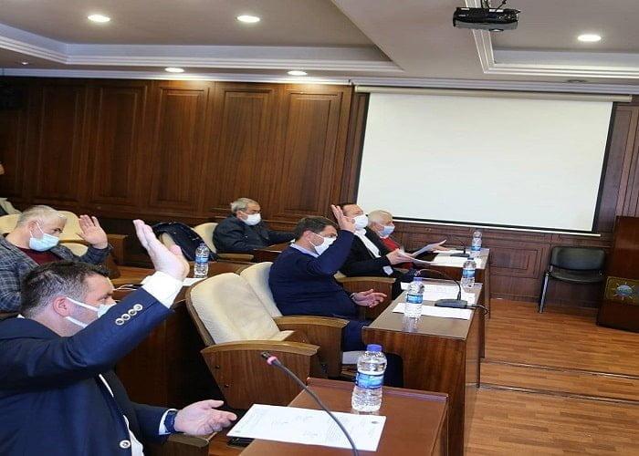 Adalar CHP karıştı! CHP'li meclis üyeleri partiden ihraç edilecek mi