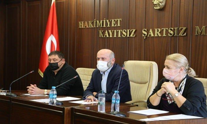 Adalar Belediye Meclisi'nde Erdem Gül ve Engin Çelik'e ağır sözler!