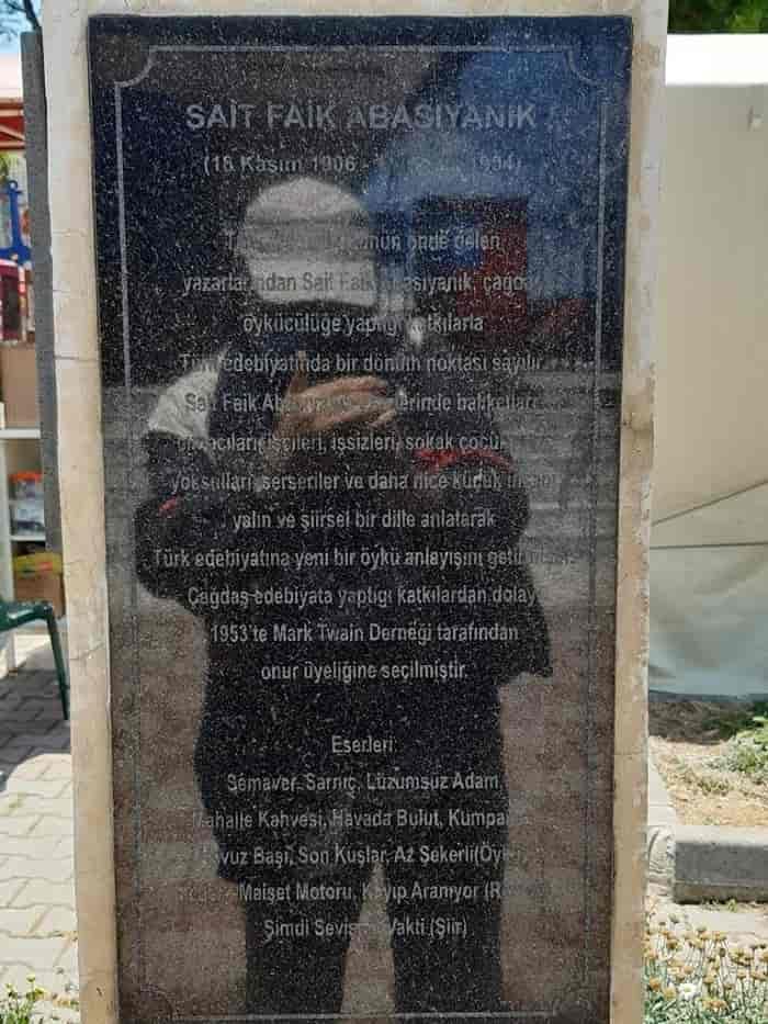 Burgazadası'nda Sait Faik Abasıyanık Büstü'ne büyük saygısızlık!