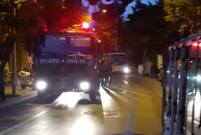 Büyükada'da 'Dudaktan kalbe' dizisinin çekildiği köşkte yangın