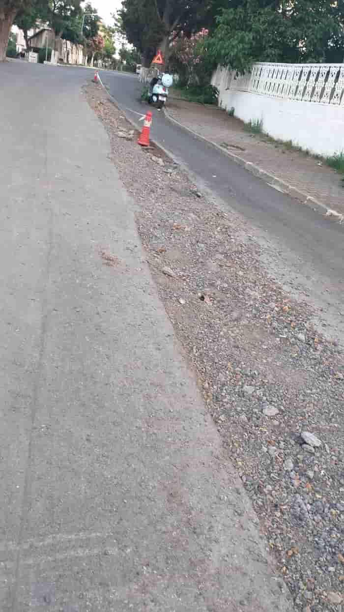 Büyükada'da bir aydır asfalt dökülmüyor!