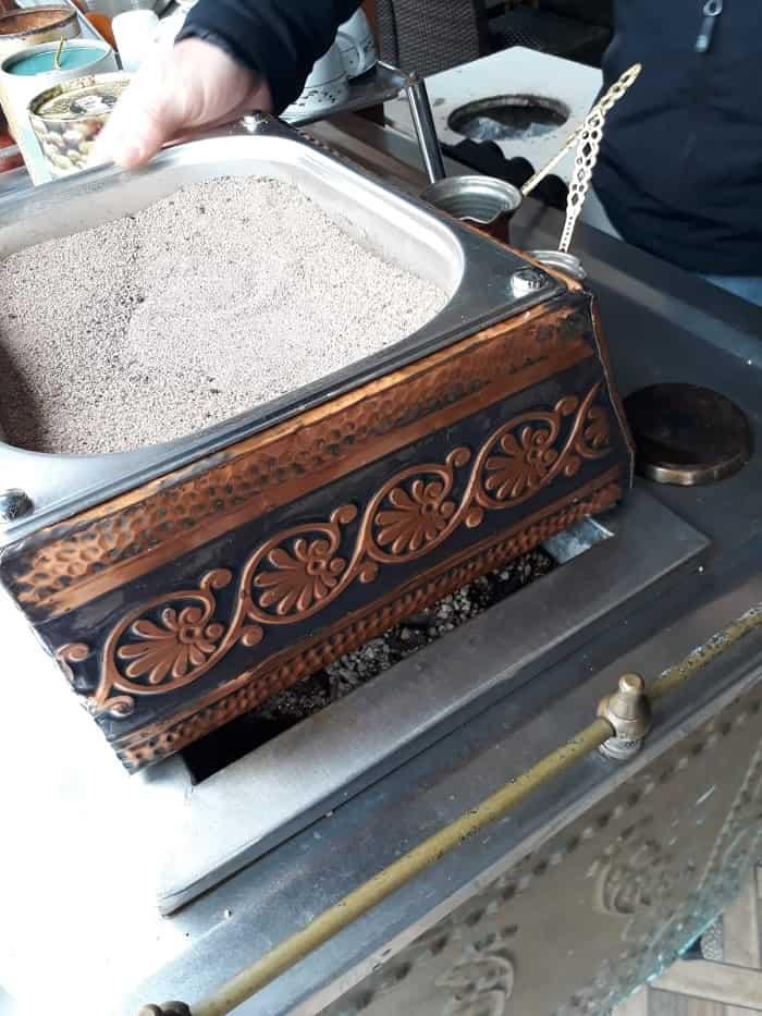 Büyükada'da kedi pislikli közde kahve!-60775