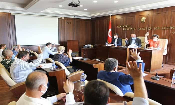 Engin Çelik ve Erdem Gül'ün şaibeli ek bütçe teklifi reddedildi!